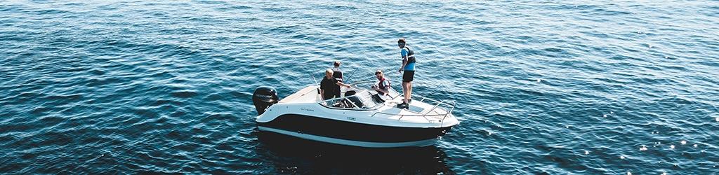 Best Waterproof Bluetooth Speakers For Boats, Kayaking 2019 5
